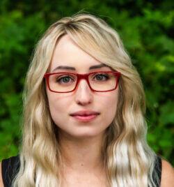 Eyeglasses model looking forward